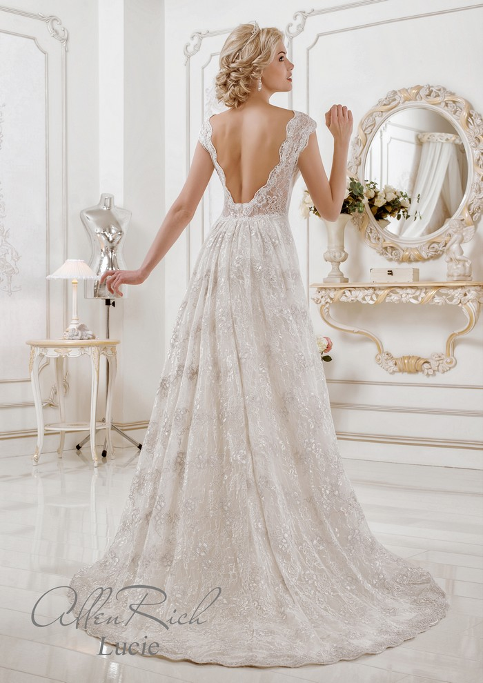 Lucie wedding dress