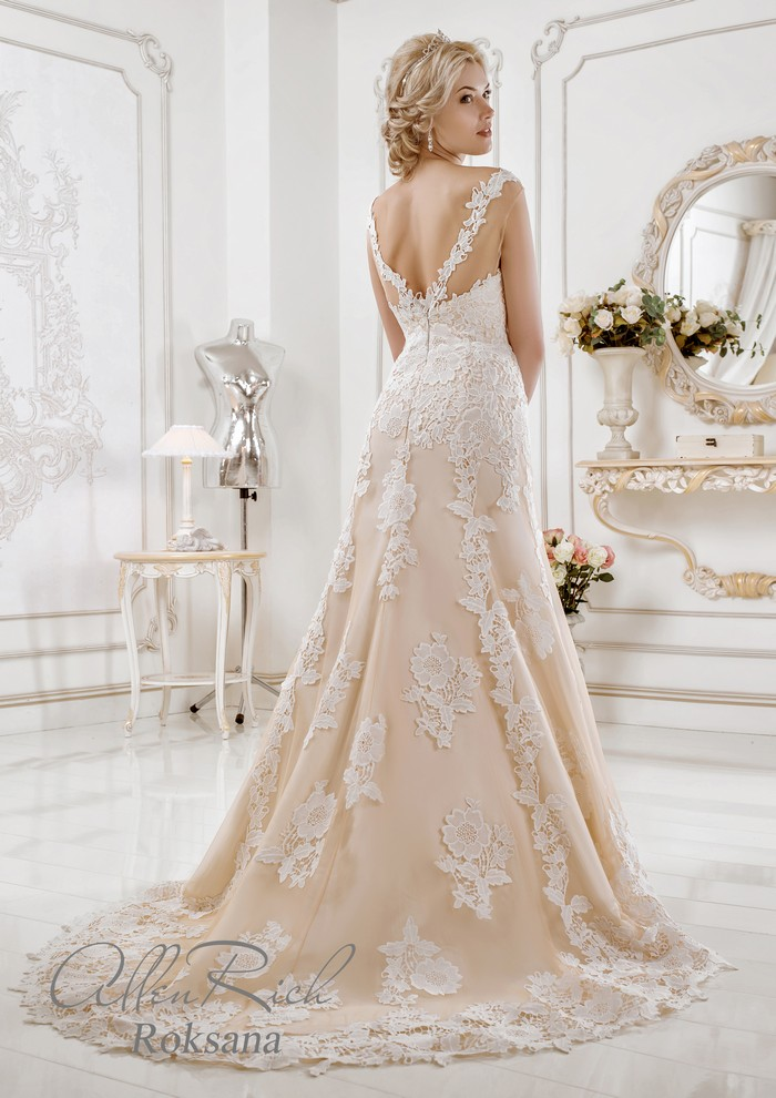 Roksana wedding dress
